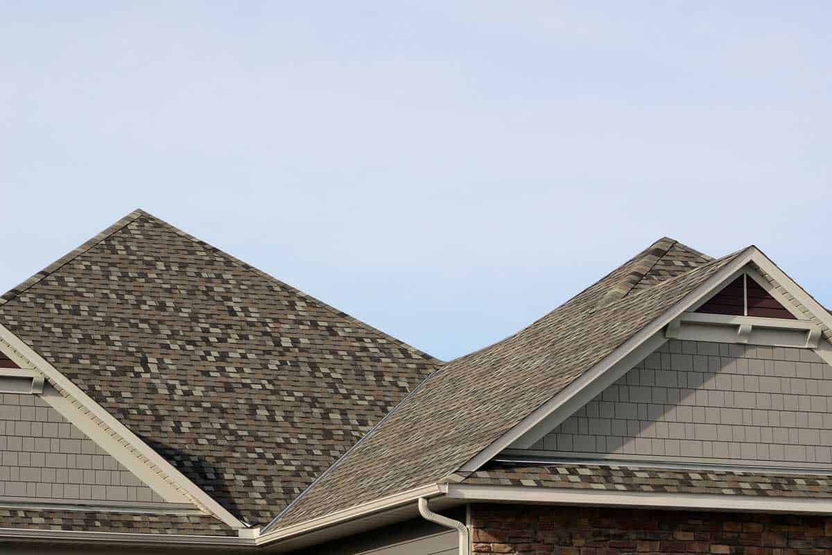 Asphalt Shingles on a Hip Roof, How Long Do Asphalt Shingles Last?