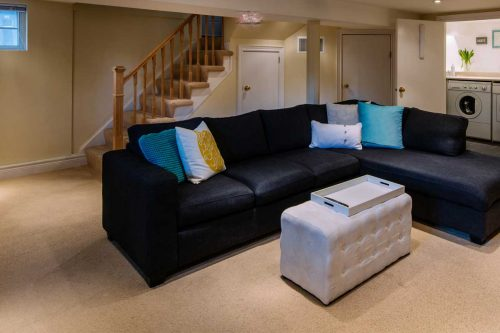 Carpet vs Laminate in a Basement: Which is Better?