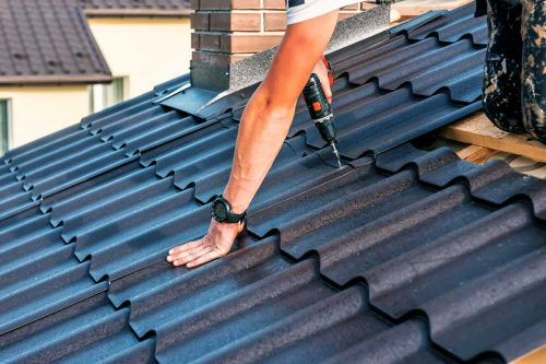 Read more about the article Does Metal Roofing Rust Or Fade In Color?