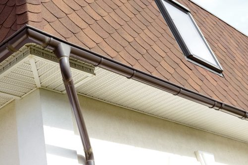 Read more about the article Are My Gutters Too Small? (Inc. How To Increase Gutter Capacity)
