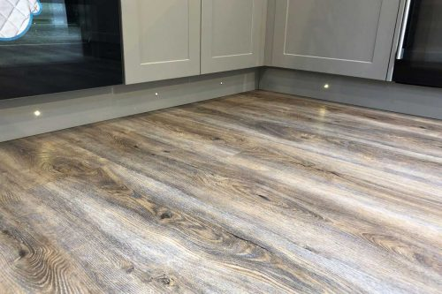 Read more about the article Does Vinyl Flooring Need Padding? [And Why]
