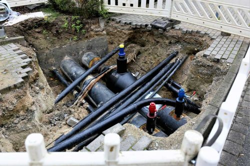 Read more about the article Best Pipe To Use For Underground Water Line? Here's What Experts Say