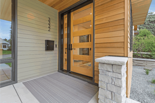 Read more about the article Should Wood Siding Be Caulked?