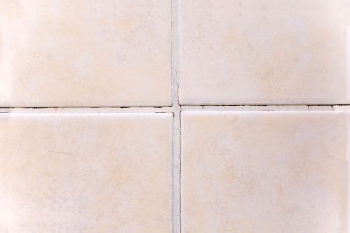 Read more about the article Floor Grout Cracking And Crumbling – What To Do?