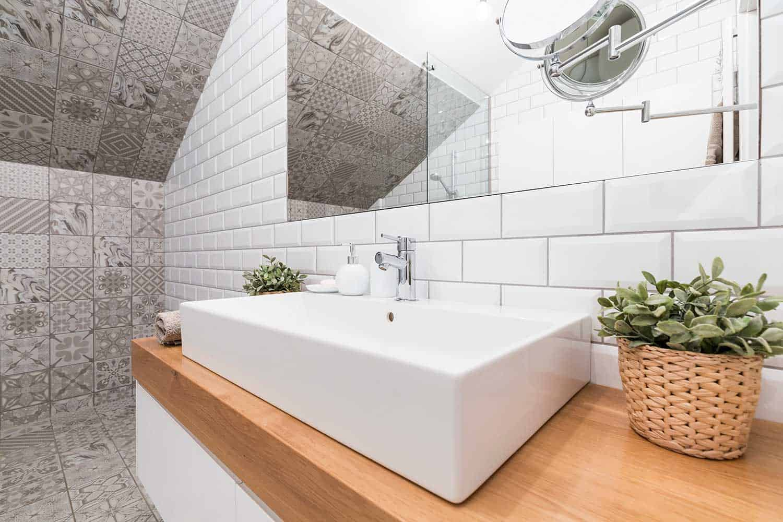 Impressive bathroom designed to suit modern needs
