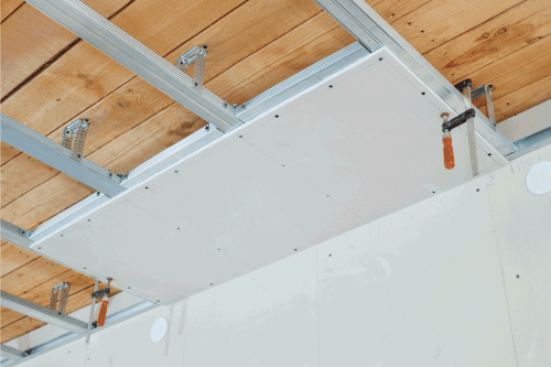 Read more about the article Does Ceiling Drywall Need To Be Staggered?