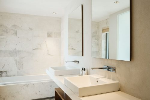 Read more about the article How to Fix A Gurgling Bathroom Sink