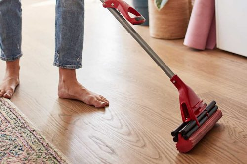 Read more about the article Should You Mop The Floor With Hot Or Cold Water?