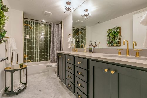 Read more about the article Should The Backsplash Grout Match Floor Grout?