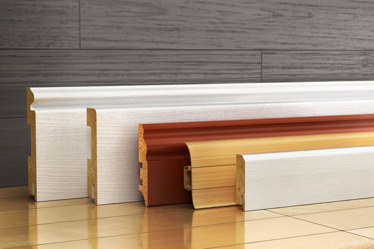 Different sizes and colors of skirting board
